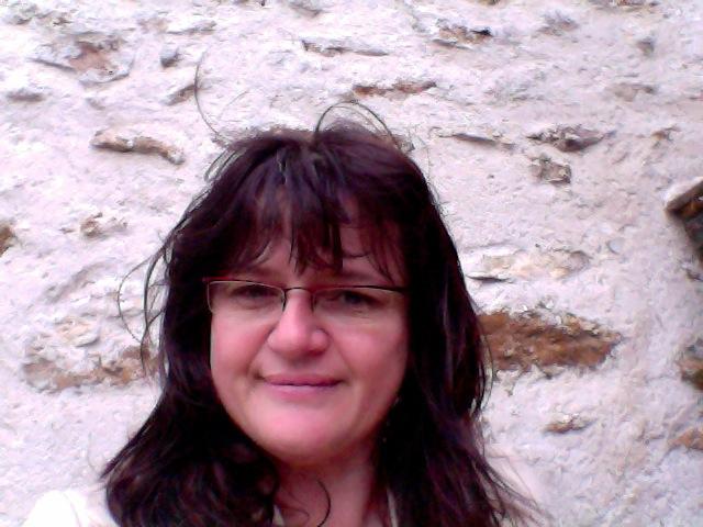 Cathy Veil